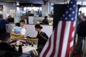 """El gobierno de Joe Biden permitiría a sus empleados el """"home office"""" permanente"""