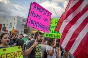 El número de inmigrantes en EEUU alcanza récord histórico, según organización conservadora
