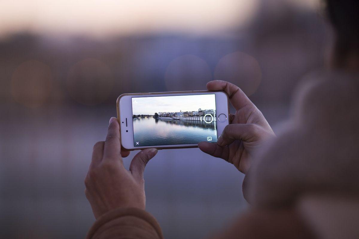 Las fotos en tu iPhone están en riesgo, te decimos por qué