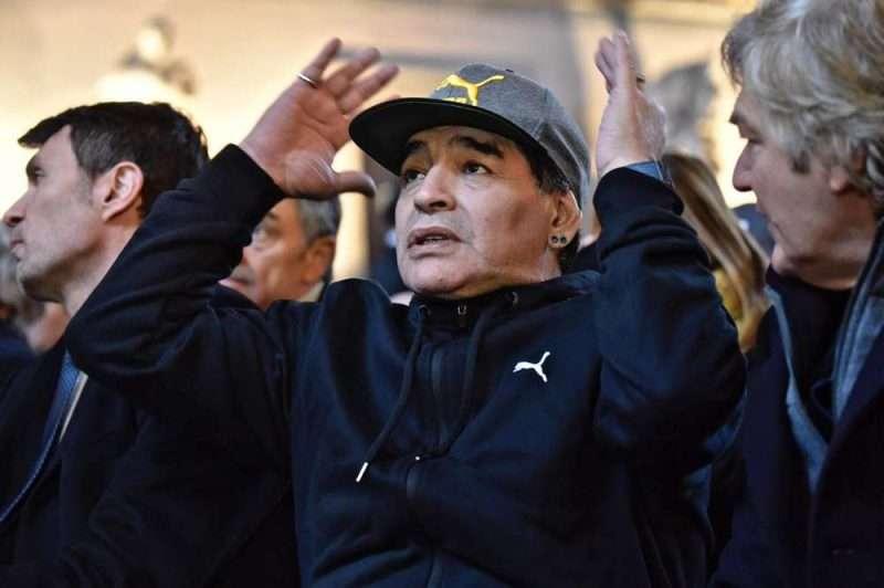 Maradona lamenta el destino de la tripulación del Submarino ARA San Juan