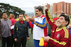 """Maradona, el """"soldado de Maduro"""" regresará con programa mundialista a la TV venezolana"""