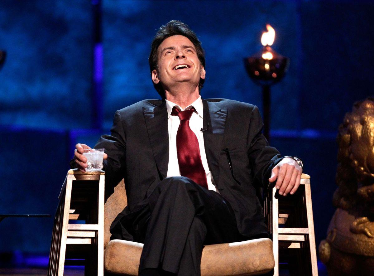 En Acción de Gracias: Charlie Sheen estuvo con una prostituta en casa de su ex esposa, Denise Richards