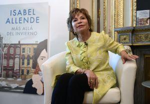 """Isabel Allende: """"La vida me censuró, porque escribo solo de lo que me interesa"""""""