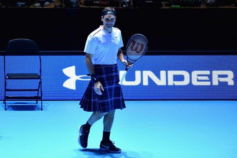 Roger Federer salió a jugar contra Murray en… ¡falda escocesa!