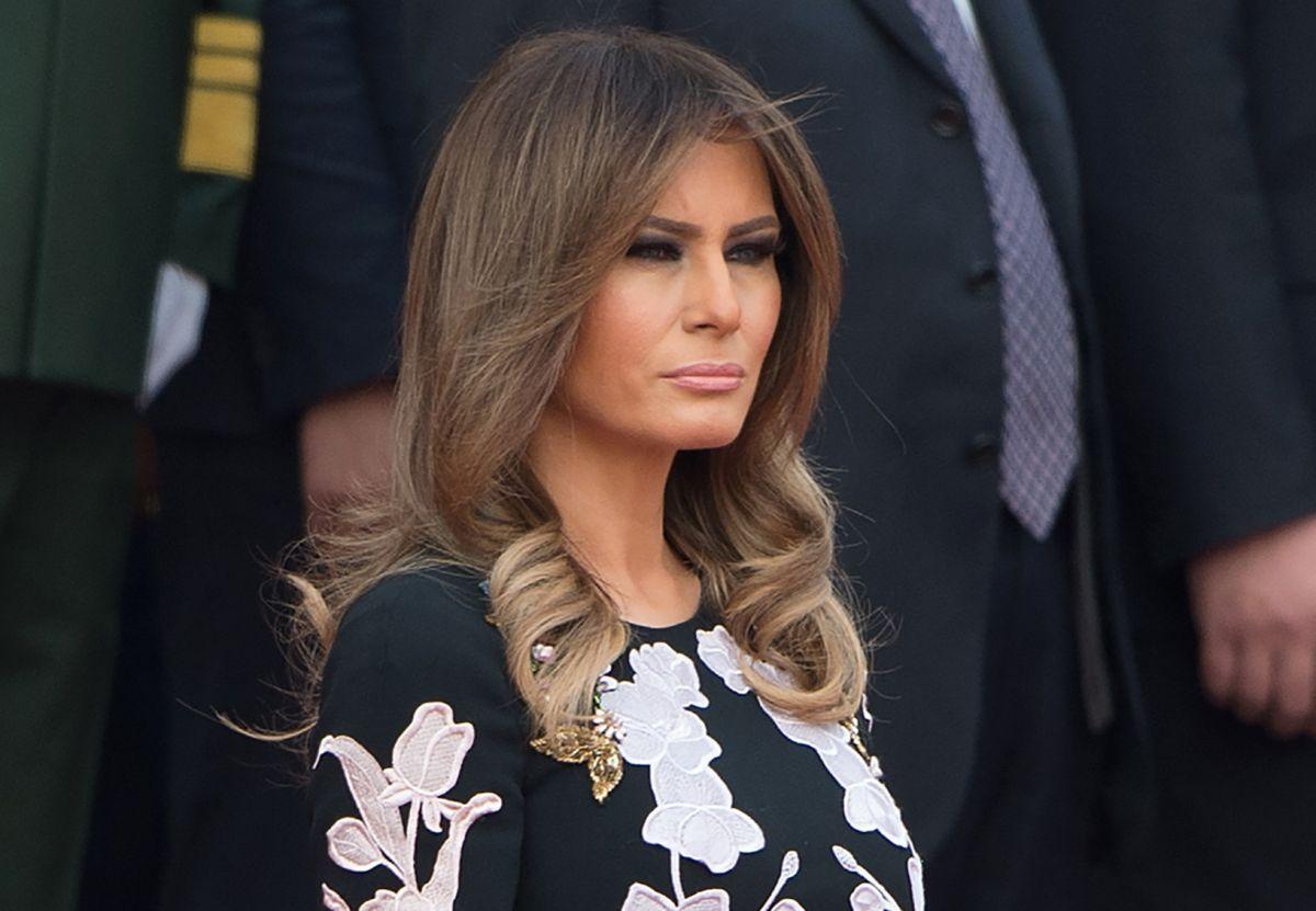 """Melania Trump """"enfurece"""" contra revista de moda"""