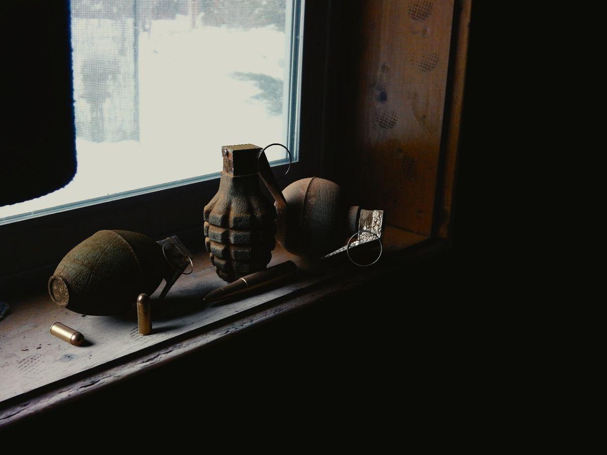 Encuentran armas de la 2da Guerra Mundial en hogar latino en Brooklyn