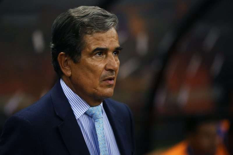 Jorge Luis Pinto podría dirigir en Rusia 2018 pese a eliminación de Honduras