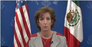 Roberta Jacobson condena asesinato de la fiscal de Veracruz