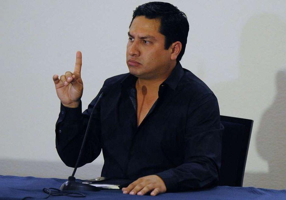 Siguen los problemas legales para Julión Álvarez