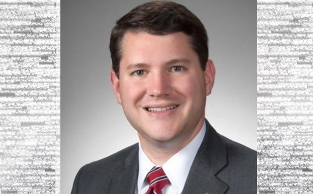 Congresista homofóbico renuncia tras tener sexo con otro hombre en su oficina