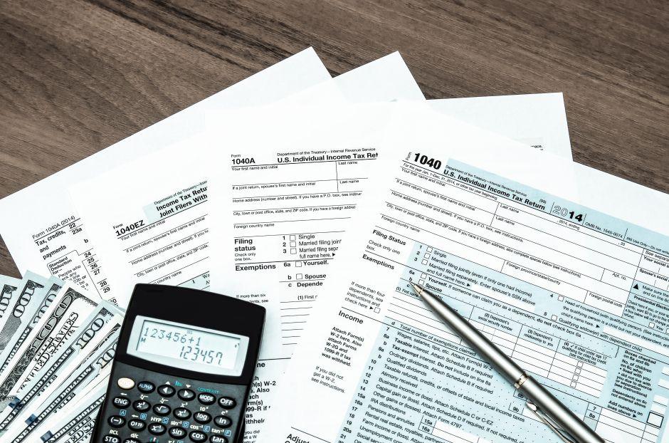 ¡Queda 1 mes para declarar impuestos!