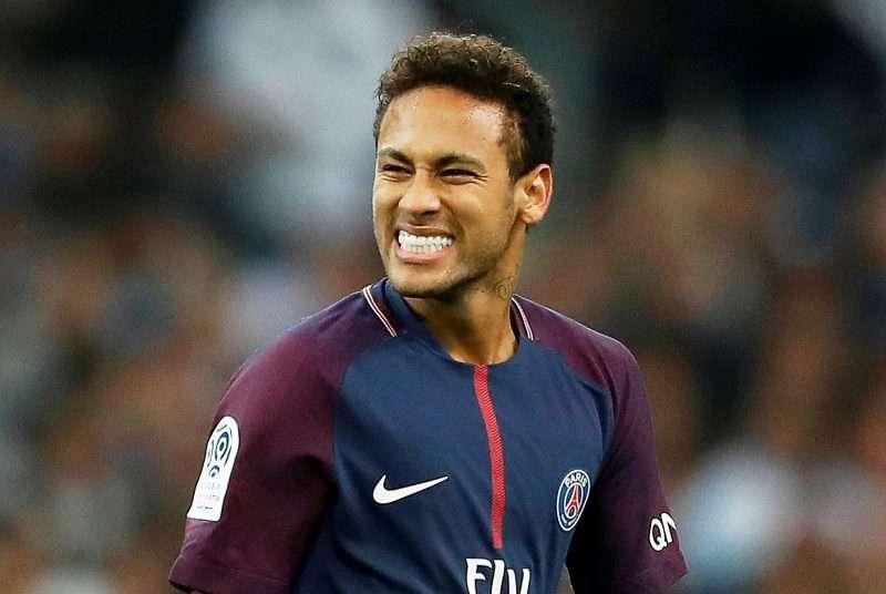 Médico gana demanda a Neymar tras atender el parto de su hijo
