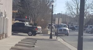 Tres muertos en tiroteo en secundaria de Nuevo México