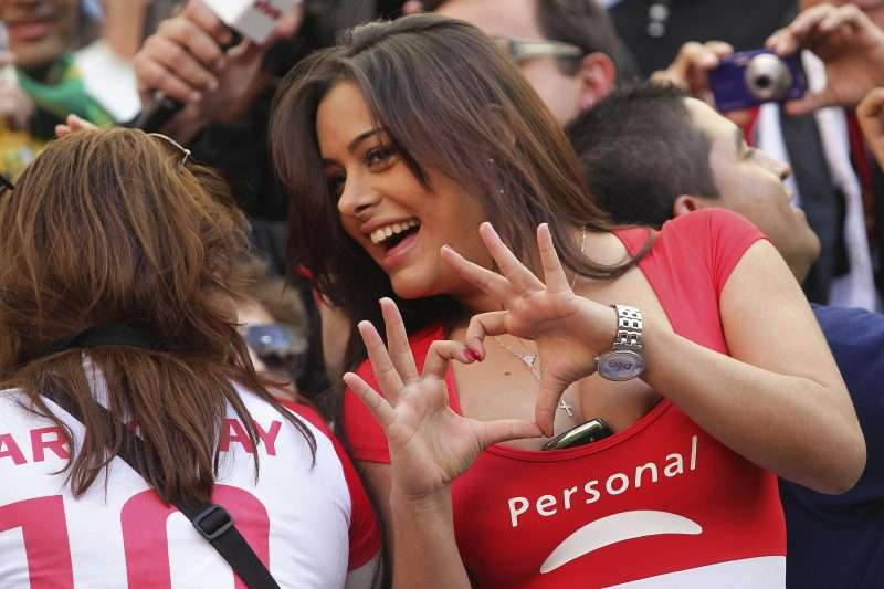 Larissa Riquelme vuelve a defender a su novio Jonathan Fabbro
