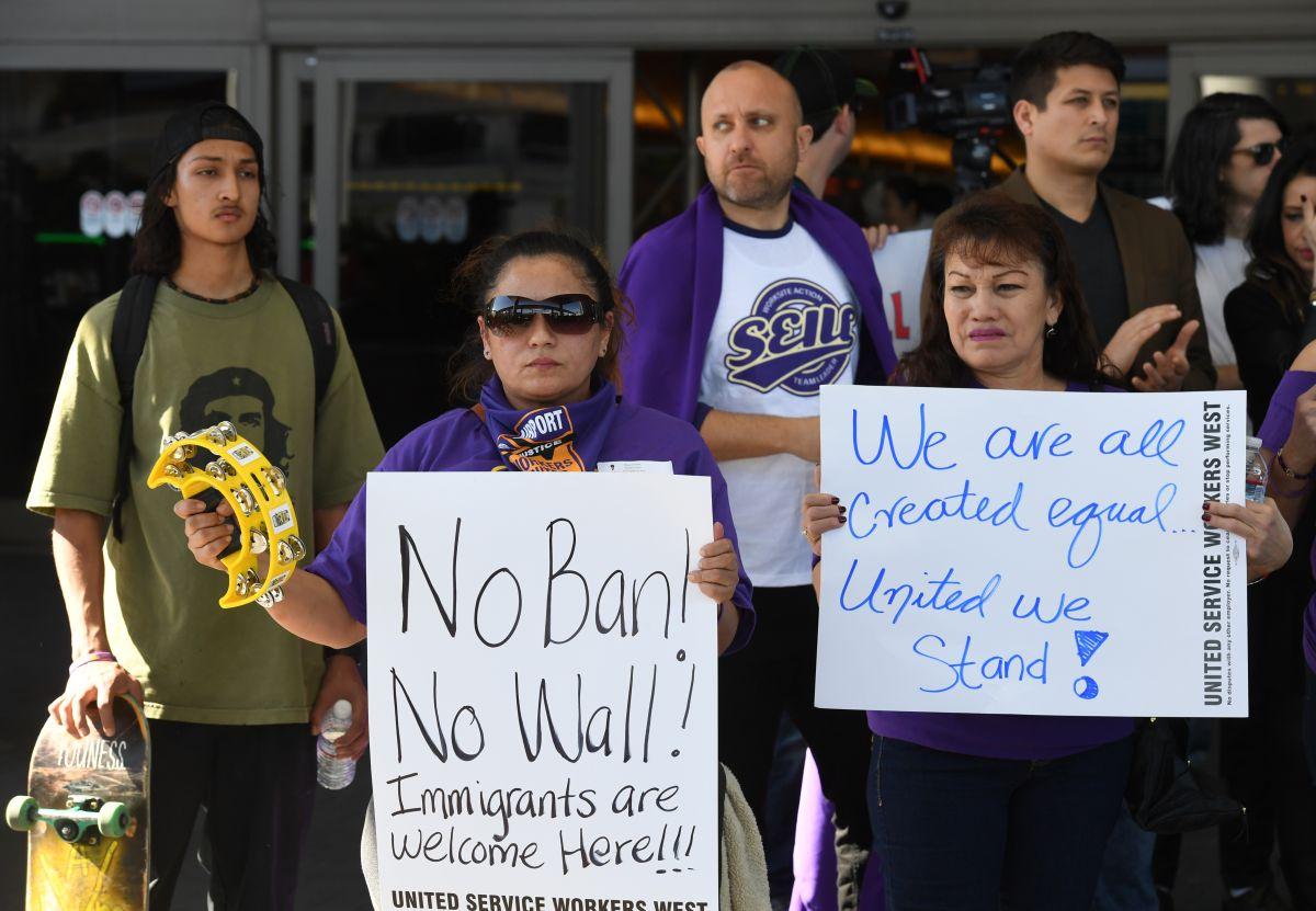 Corte Suprema permite a Trump aplicar veto migratorio
