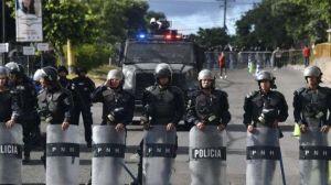 Arrecian protestas en NYC por crisis política en Honduras