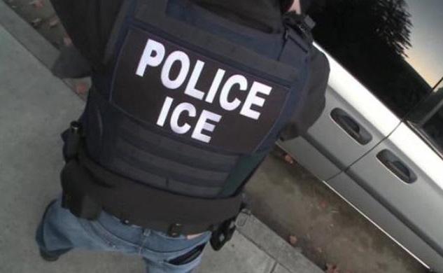 """ICE """"caza"""" a indocumentado que habló con la prensa del arresto de su novia"""
