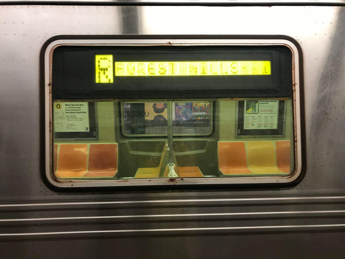 Pasajero pierde un brazo y ambas piernas arrollado por el Metro en Queens