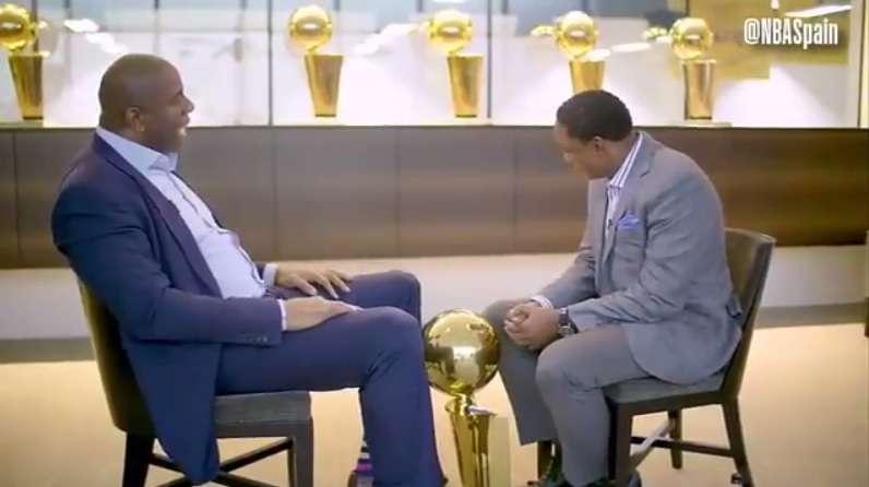 Entre lágrimas, dos leyendas de la NBA pusieron fin a 25 años de odio