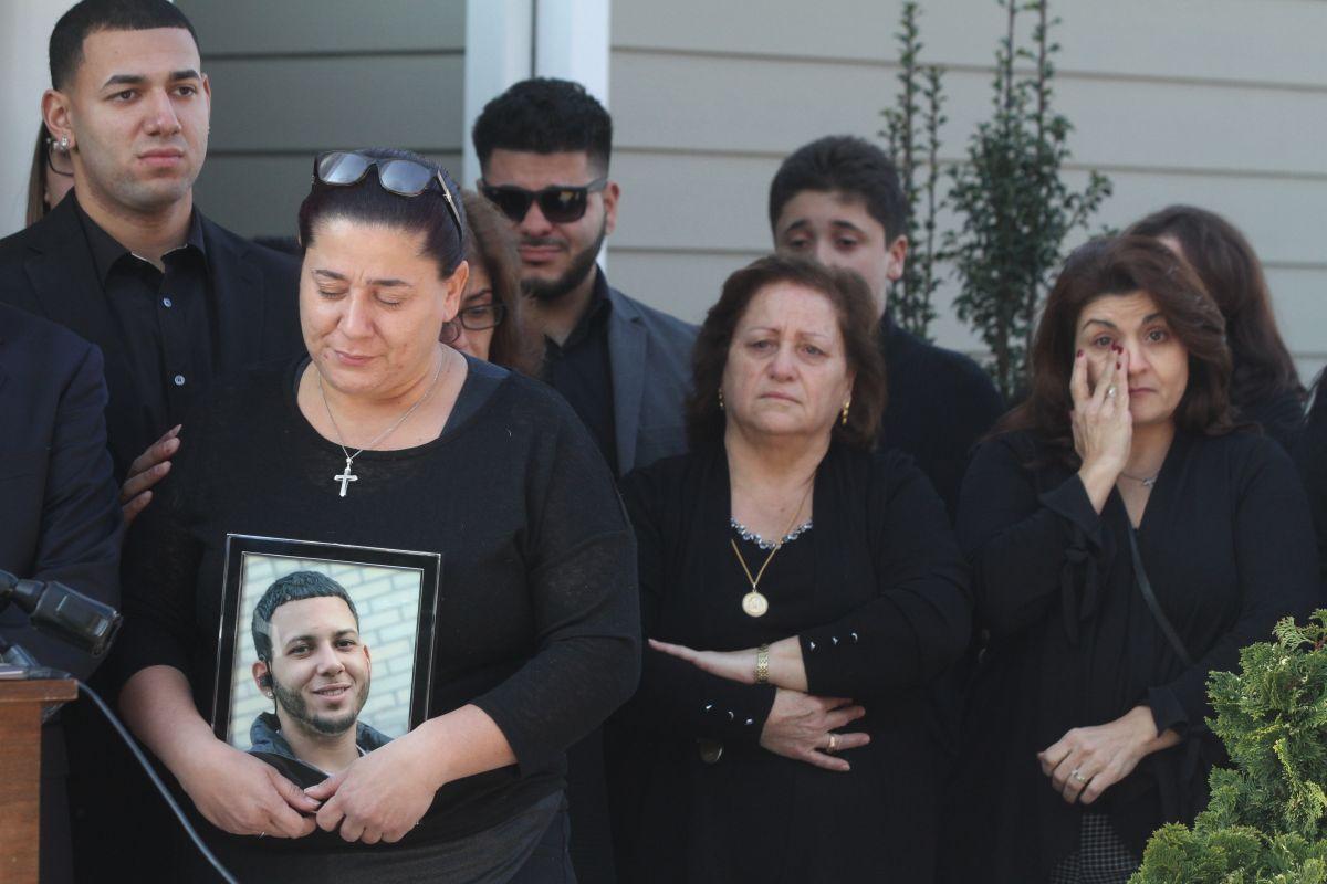 Familia de hispano muerto tras interacción con la policía en norte de Nueva York exige respuestas