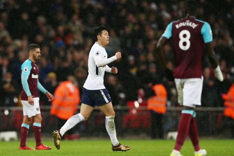 Chicharito fue titular pero West Ham no aguantó la presión del Tottenham