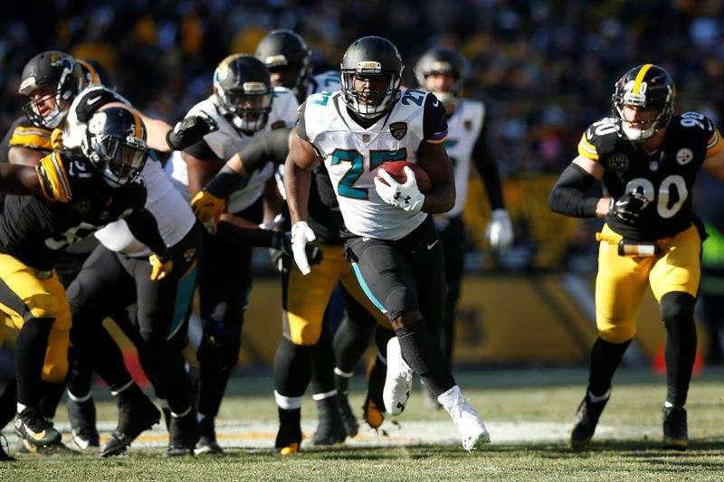 Jaguars vencen a Steelers en un partidazo y van contra Patriots