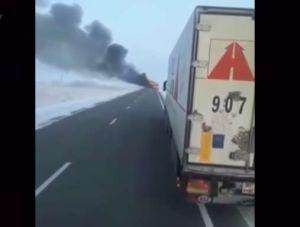 Más de50muertosal incendiarse bus de pasajeros en Kazajistán