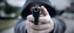 """Actor """"indocumentado"""" dispara contra una mujer en polémico anuncio de televisión"""