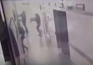 Video: Comando armado ingresa a hospital para matar a lesionado en Guanajuato