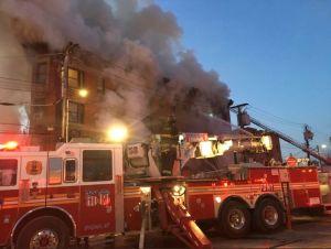 Incendio de siete alarmas deja al menos 23 heridos en El Bronx