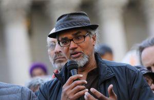 De Blasio pide a 'La Migra' que no deporte a Ravi Ragbir