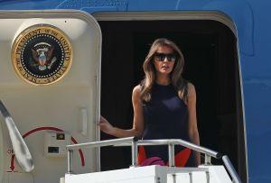Reporte: viajes de Melania Trump en mes y medio superan costos de un año de viajes de Michelle Obama