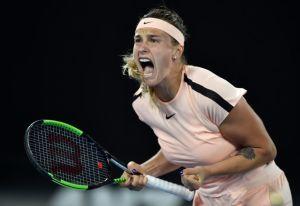 Gritos y gemidos de una tenista desatan las burlas del público