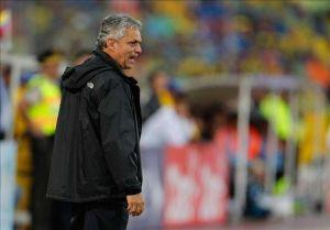 Una firma separa a Reinaldo Rueda de la selección chilena