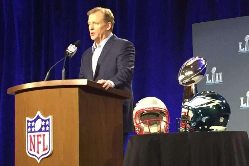 Roger Goodell evita 'temas calientes' con el Super Bowl como marco