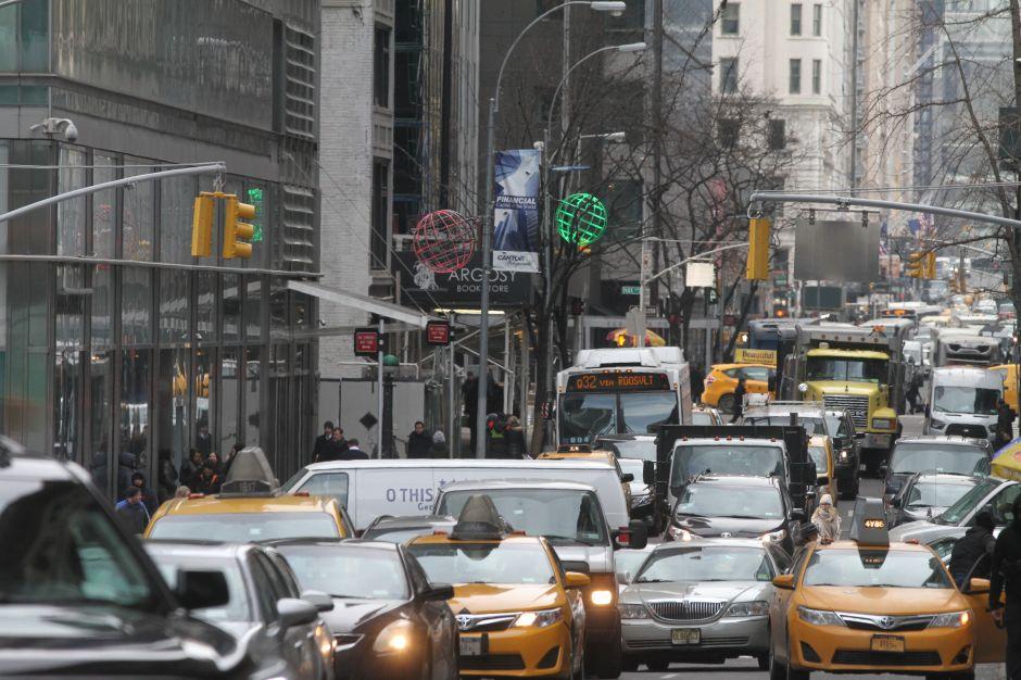 Plan de descongestión vehicular de Cuomo divide a neoyorquinos