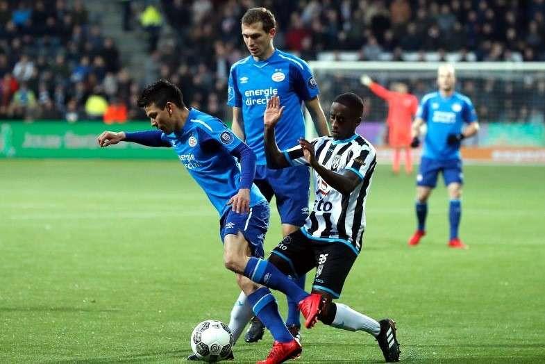 Chucky Lozano no anotó, pero el PSV consigue triunfo de último segundo