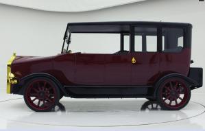 Mitsubishi convierte su primer auto en un híbrido plug-in