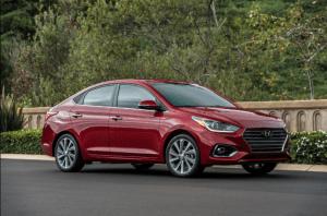 Hyundai Accent, el auto económico que menos lo parece