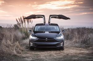 Nuevo financiamiento de Tesla haría a Elon Musk súper millonario