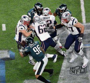 Fans de Patriots olvidan con pornografía la derrota en el Super Bowl