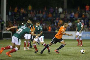 El Cibao dominicano se le atraganta a Chivas que al final se impone 2-0