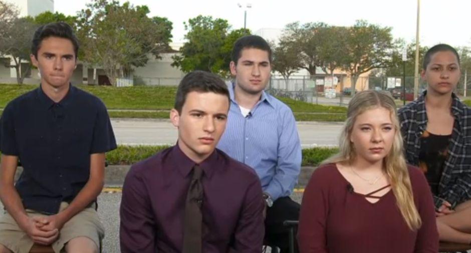 Sobrevivientes de masacre en Florida presionarán a Trump sobre control de armas