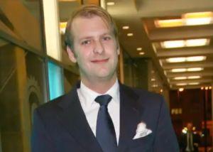 El príncipe que cayó del piso 21 de un hotel de lujo