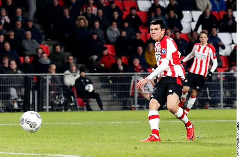 """VIDEO: """"Chucky"""" Lozano guía al PSV al triunfo y ya es líder de goleo en Holanda"""