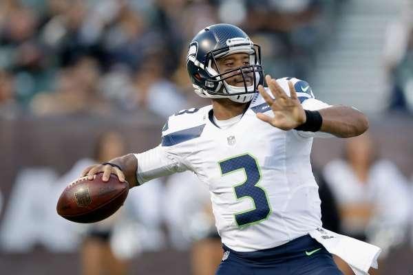 Russell Wilson, quarterback de Seattle Seahawks, entrenará con los Yankees