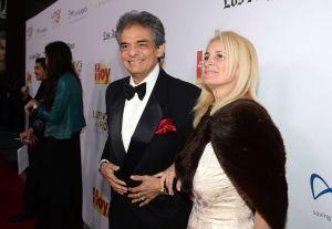 Presentador asegura que Sara Salazar, viuda de José José, era prostituta