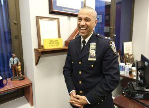 Renuncia del oficial hispano de más alto rango 'dispara' descontentos entre minorías dentro del NYPD