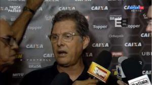 VIDEO: Técnico de Atlético Mineiro intentó golpear a reportero en plena conferencia
