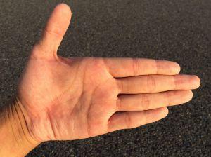 Como identificar por las manos a un pederasta